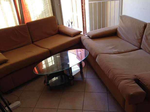 four sitter couch for sell Honeydew - image 2