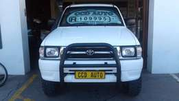 2001 Toyota Hilux d/c 4x4 for sale!