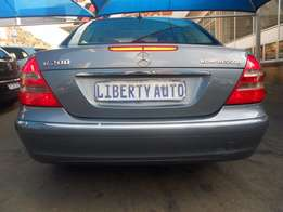 2006 Mercedes Benz E200 Kompressor Sun Roof 190,000km Automatic Gear,