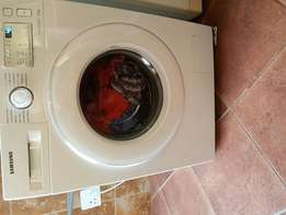 Brand New!! Samsung Eco bubble 7kg washing machine for sale