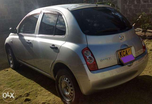 NISSAN MARCH - Well Kept/ Fully Serviced. 450,000 Negotiable Kasarani - image 3