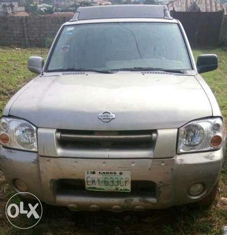 Well Maintained 2004 Nissan Frontier Double Cabin Ibadan Central - image 1