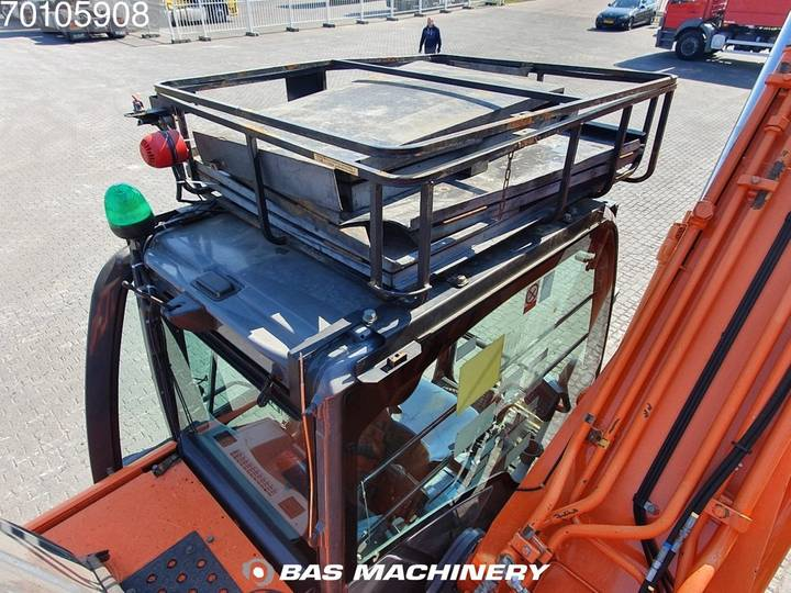Hitachi ZX280LC-3 Nice and clean machine - 2010 - image 15