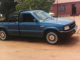 I'm selling my Ford courier with Toyota 3y engen ,no problem everythin