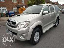 2011 Toyota Hilux with Canopy