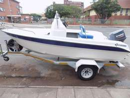 explorer 465 on trailer 70 hp yamaha 01 hour only