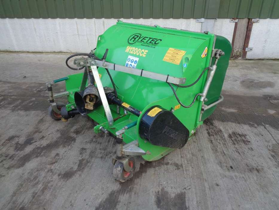 Ryetec M1200ce Flail Collector - 2012