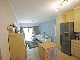 Sandton 1bedroomed apartment to let for R4600