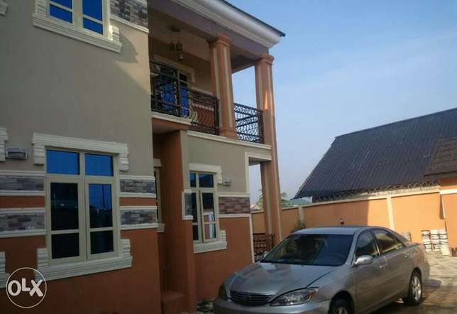 FOR SALE beautiful 4 bedroom duplex at Ada George PH. Port Harcourt - image 3