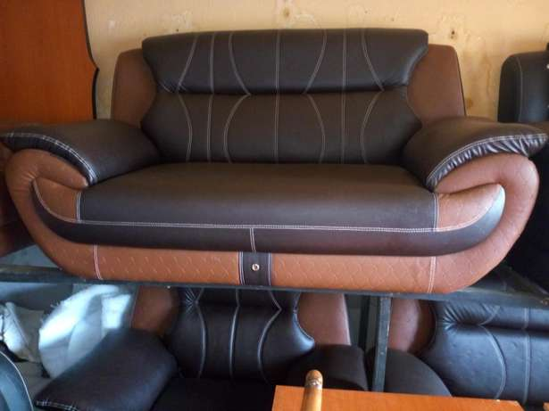 Chair 7 in 1 seaters Anambra East - image 2