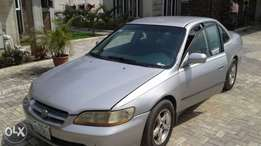 Honda Accord 2000 Sharp for sale in Phc