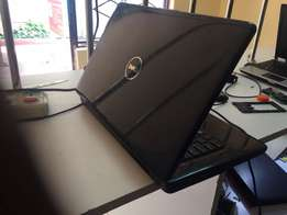 Dell Inspiron 1545 Laptop 4GB RAM, 320GB