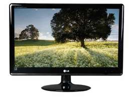 LG E2350V LED Flatron HDMI Monitor: Mint Condittion