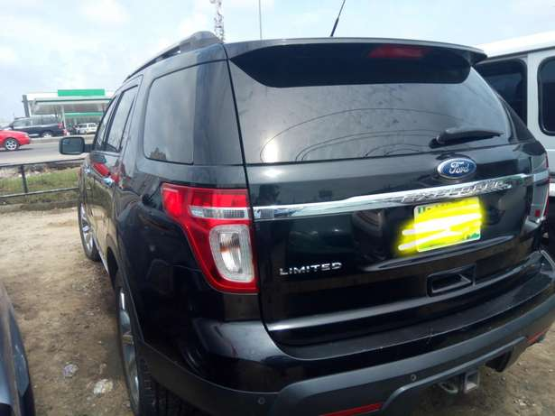 Reg 014 Ford Explorer Limited Edition Lagos - image 7