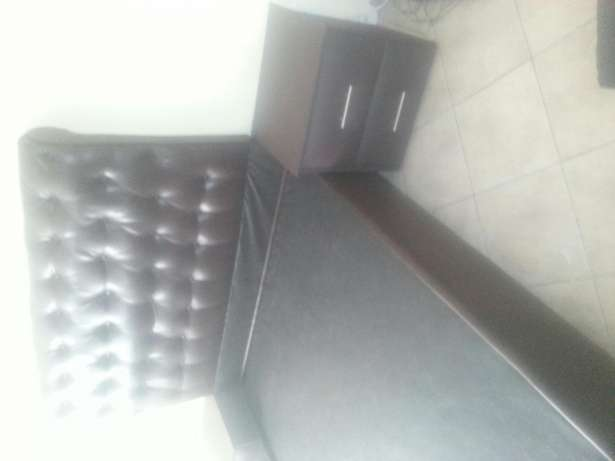 Dark brown king size sleigh bed and double size available Vanderbijlpark - image 3