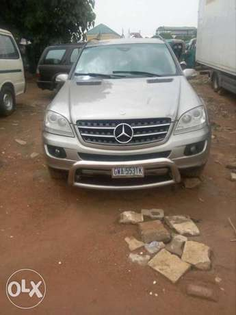 Benz 2008 ml350 has small issue Gwarinpa Estate - image 5