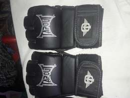 Mma gloves good condition