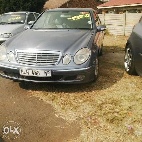 E 270 benz for sale in Joburg Langlaagte - image 1
