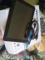 mecer s10 tablet for sale R2500 cash