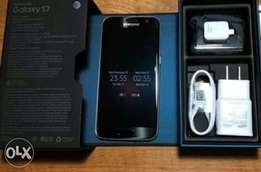 Samsung galaxy S7 (Sealed)+Free glass protector +Free Cover+Warrant