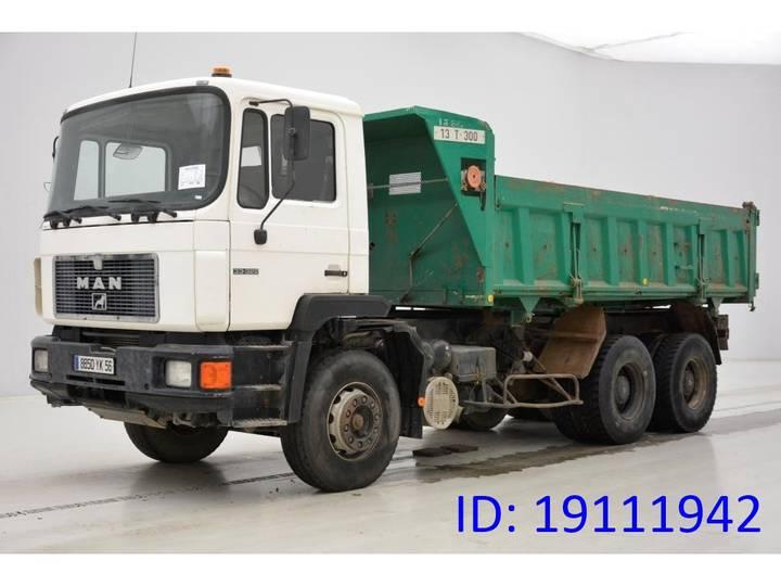 MAN 33.322 - 6x4 - 1994