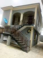 2bedroom Flat​ at Magodo GRA to rent