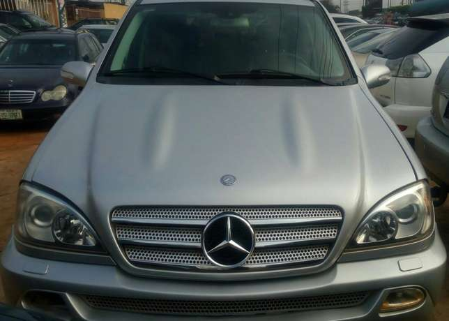 Mercedes Benz ML350 numbered 2005 Benin City - image 1