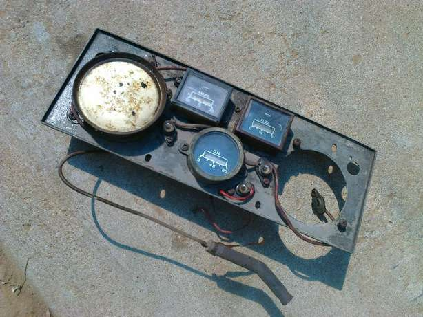 Meter cluster, for very old vehicle Brackenfell - image 1