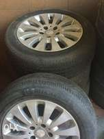 Quick sale. W204 rimz and tyres never used in Kenya.