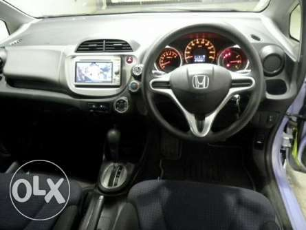 Honda Fit 2010, For Quick Sale Asking Price 675,000/=o.n.o Highridge - image 5