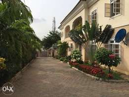 For sale 2unit of 5bedroom semi detach duplex
