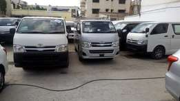 Toyota hiace 2010 model 20pieces available auto petrol