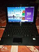 HP mini laptop, battery last up to 5hours, in very condition, no fault