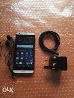 Clean HTC 530 (16GB) with Charger