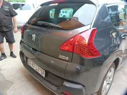 Stripping parts Peugeot 3008