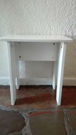 CD rack and bar stools. 300r for the lot. Mowbray - image 3