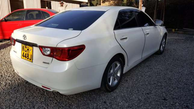 2010 Toyota Mark X for sale Akiba - image 5