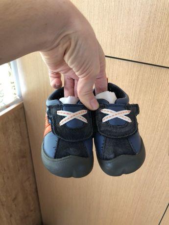 Carters Картерс ботиночки  150 грн. - Дитяче взуття Миколаїв ... 870e8bca43719