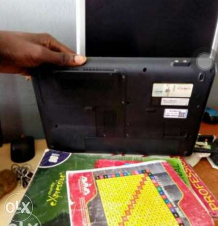 Compaq cq40 dual core laptop sale or swap with Android phones Ibadan - image 3