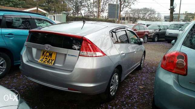 Honda Insight 2010 Amazing Deal Nairobi CBD - image 2
