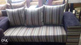 Relaxed and elegant Brand new sofa complete set chair