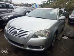 Silver color 2007 Toyota Avalon for sale at affordable car