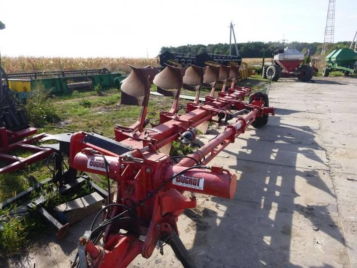 Bugnot reversible plough