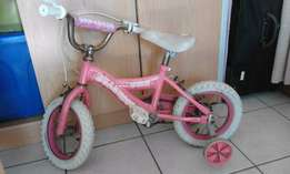 Girls Pink Bike 12inch with training wheels on for sale R350