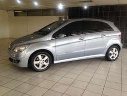 2008 Mercedes-Benz B200 A/T (One Owner-145000 km)