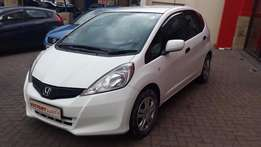 Honda Jazz 1.3 Trend ( 2013 ) Very Neat with all the luxuries.