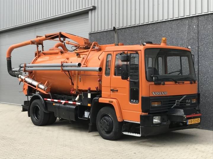 Volvo FL6-14 Geesink Kolkenzuiger 5m3 Kipper - 1988