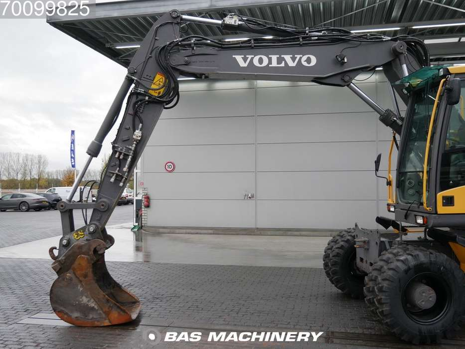 Volvo EW140C New tyres - all functions - 2010 - image 6