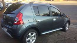 2012 Renault sandero with low kim , and more small cars, whatsapp or c
