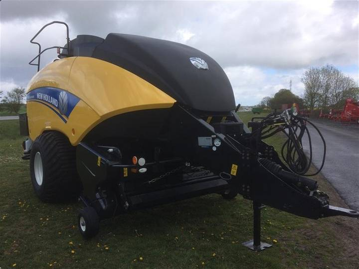 New Holland 890 PC BIGBALER - 2016